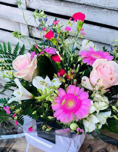 Bouquet Surprise avec Bulle d'eau- Les Bouquetiers - Fleuriste