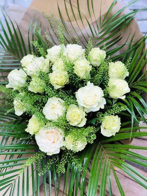 Bouquet de roses blanches - Les Bouquetiers - Fleuriste
