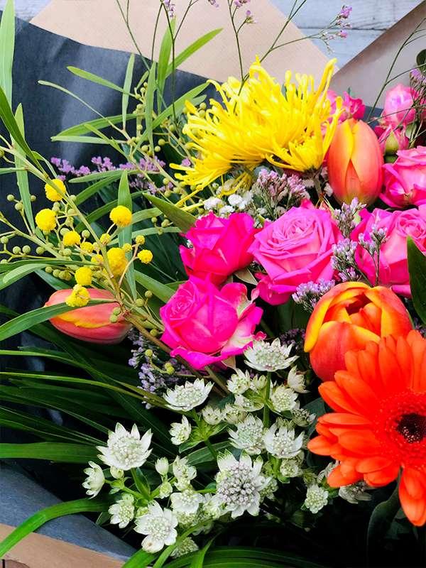 Bouquet Surprise M - Les Bouquetiers - Fleuriste